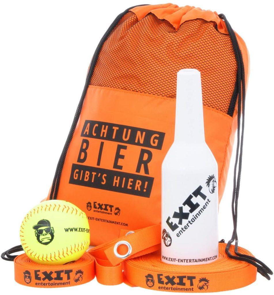 Das Flunky Ball Set enthält eine Transporttasche, einen Ball, eine Spielfeldmarkierung und die Zielflasche.